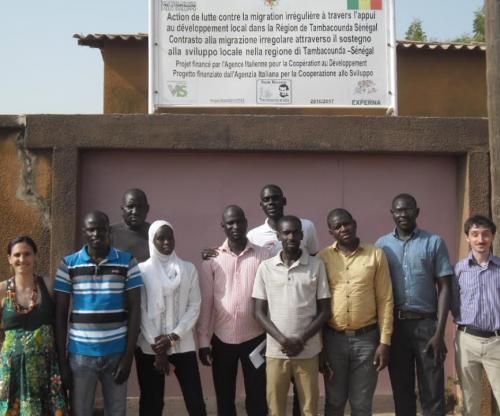 stop tratta a Tambacounda, foto di gruppo
